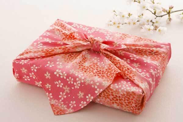 đóng gói quà tặng tết