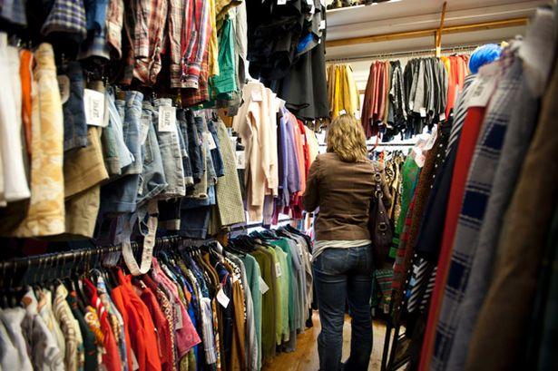 Kinh doanh quần áo seconhand